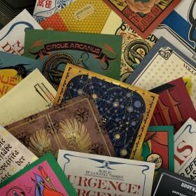 Lot de 20 cartes postales Les Animaux Fantastiques Les Crimes de Grindelwald MinaLima