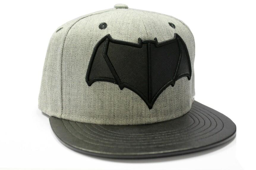 Casquette Batman noire et grise logo Batman vs Superman