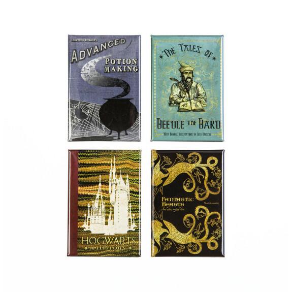 Lot de 4 magnets couvertures de livres MinaLima