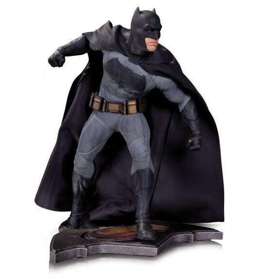 Batman statue film Batman vs Superman L'Aube de la Justice