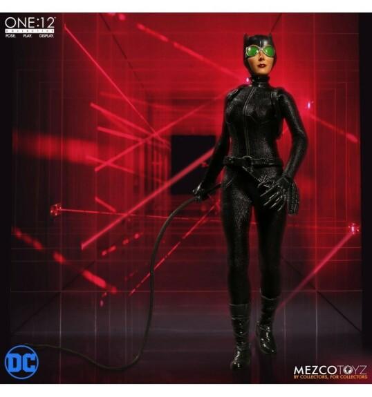 Catwoman figurine 15cm 1/12 Mezco