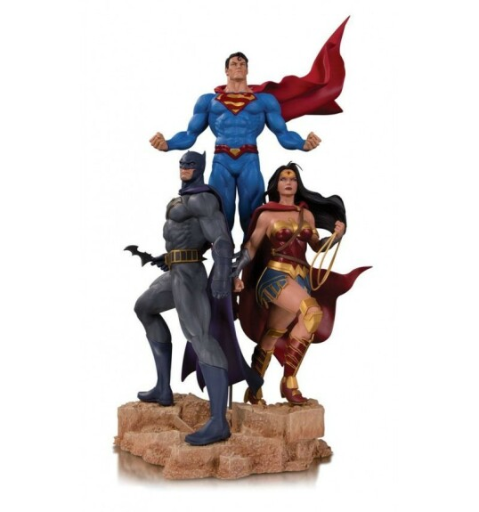 Batman Superman et Wonder Woman Trinity statue DC Collectibles Designer Series by Jason Fabok 49 cm