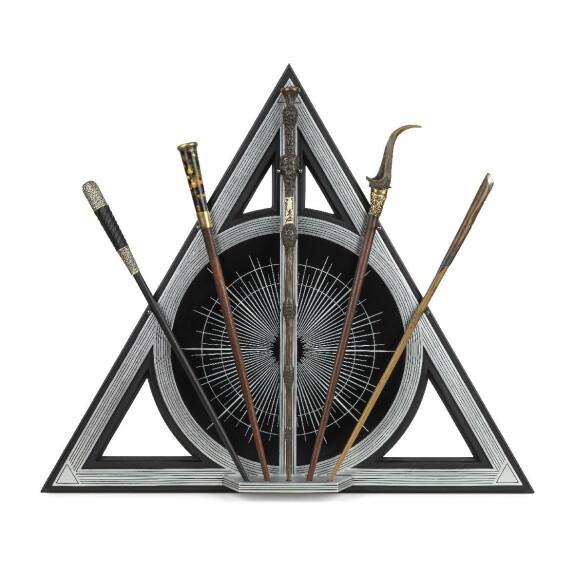 Présentoir 5 baguettes Reliques de la Mort - 5 baguettes magiques inclues