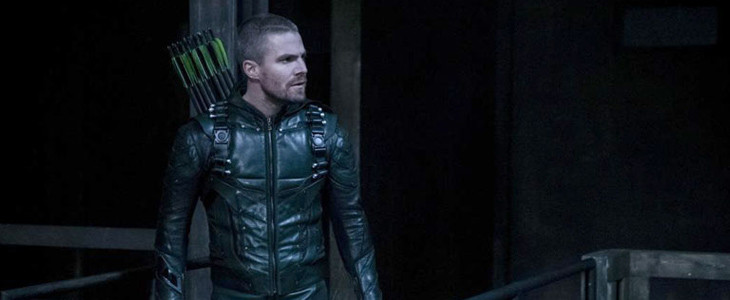 Stephen Amell dans Arrow