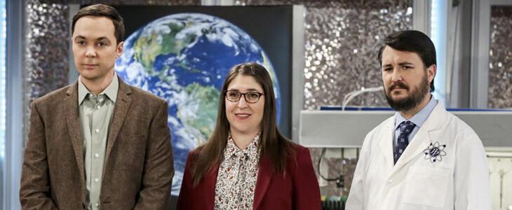 Jim Parsons et Mayim Bialik dans la saison 12 de The Big Bang Theory