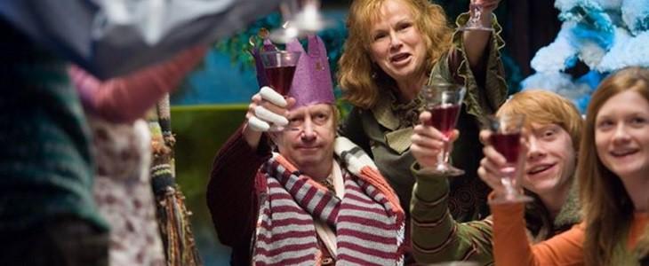 Les Weasley boivent un coup