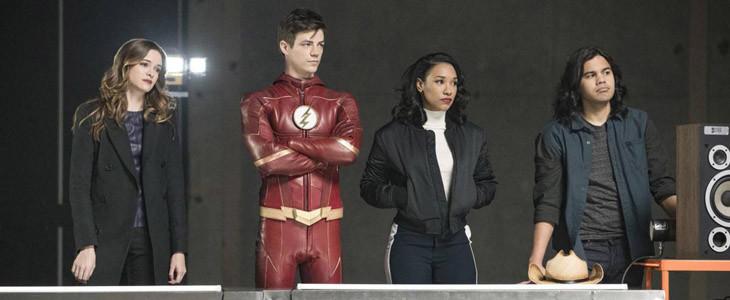 Danielle Panabaker, Grant Gustin, Candice Patton et Carlos Valdes dans Flash