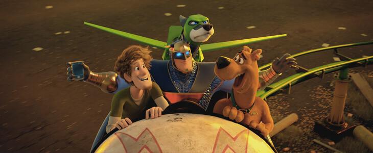 Scooby et Sammy s'allient à Blue Falcon et Dynomutt dans le film d'animation Scooby !
