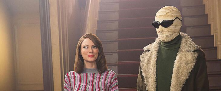 Negative Man et Elasti-Girl dans Doom Patrol.