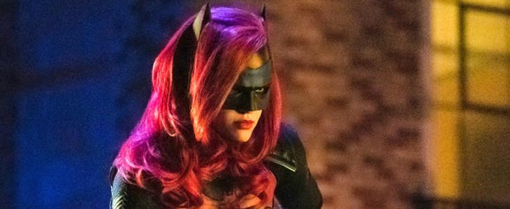 Ruby Rose dans le costume de Batwoman