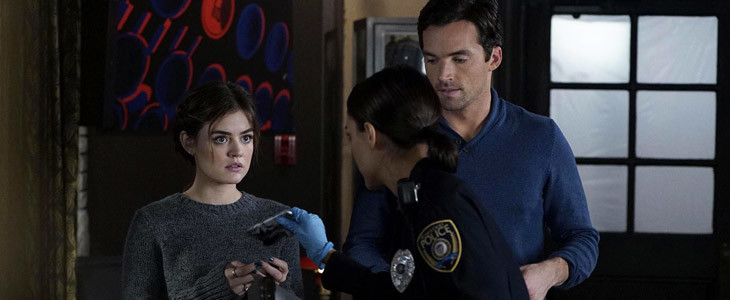 Aria et Ezra dans Pretty Little Liars