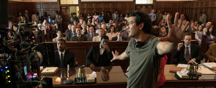 Destin Daniel Cretton, sur le tournage de La Voie de la Justice.