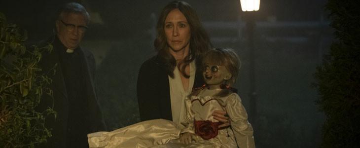 Vera Farmigua et la poupée Annabelle