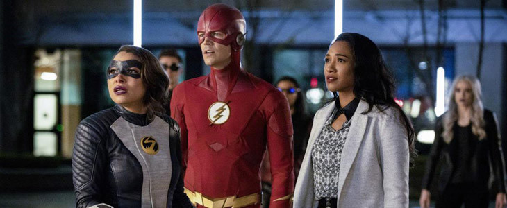 Jessica Parker Kennedy, Grant Gustin et Candice Patton dans The Flash