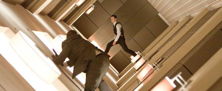 Joseph Gordon-Levitt, dans Inception de Christopher Nolan.