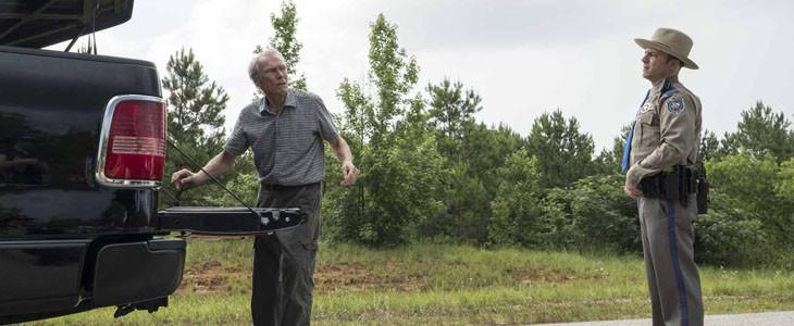 Clint Eastwood dans le rôle de Earl