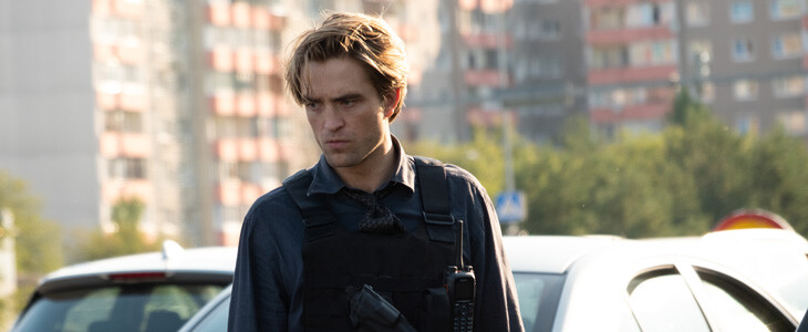 Robert Pattinson dans Tenet
