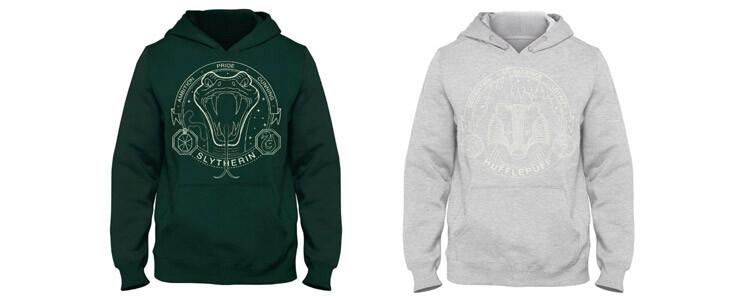 Les sweat-shirts pour adultes à l'effigie des quatre maisons sont disponibles sur la boutique officielle.