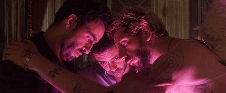 Jonathan Cohen, Manu Payet et Monsieur Poulpe en boîte de nuit dans Budapest