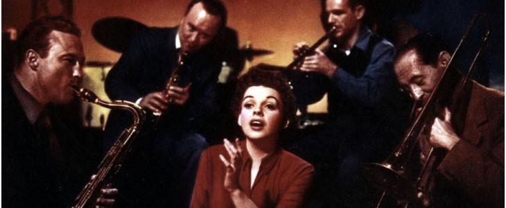 Judy Garland dans Une étoile est née